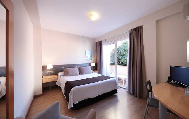 Double room single use Hotel Sercotel Zurbaran Palma